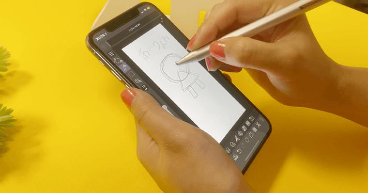 スマホ(iphone)・タッチペン・クリスタで描く